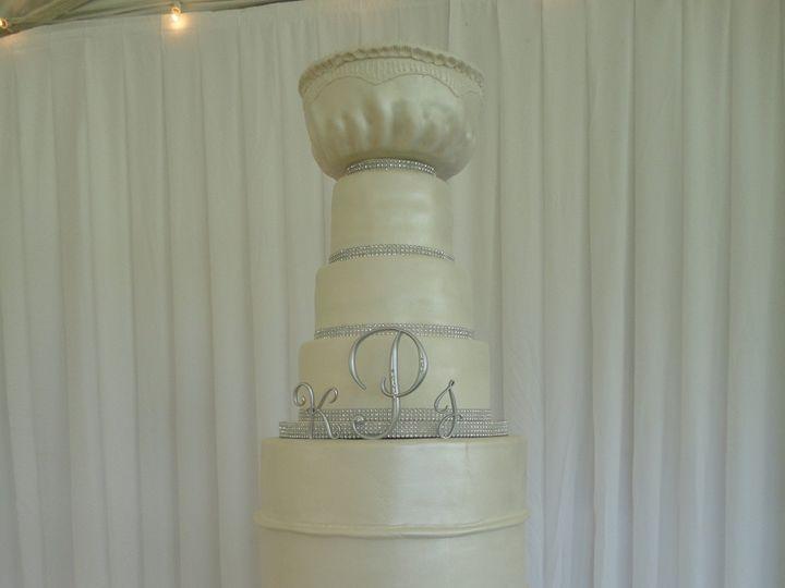 Tmx 1484702735023 Dsc01776 Berkley, Rhode Island wedding cake