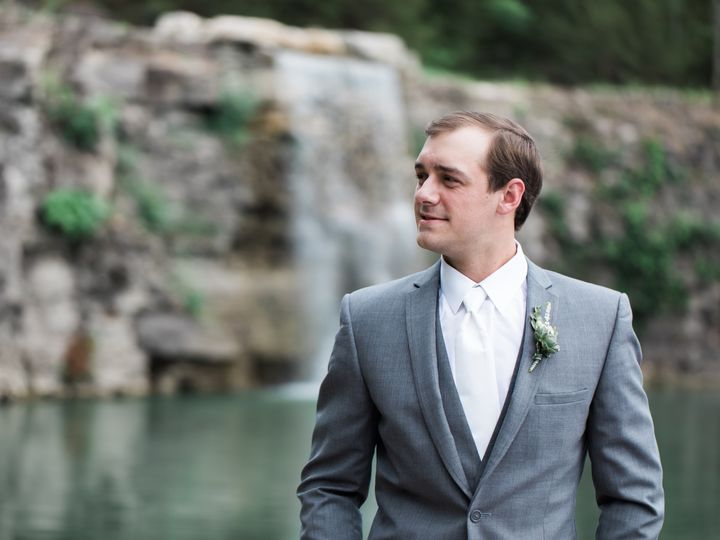 Tmx Faveswedding 7 51 106679 1569106597 Nashville, TN wedding photography