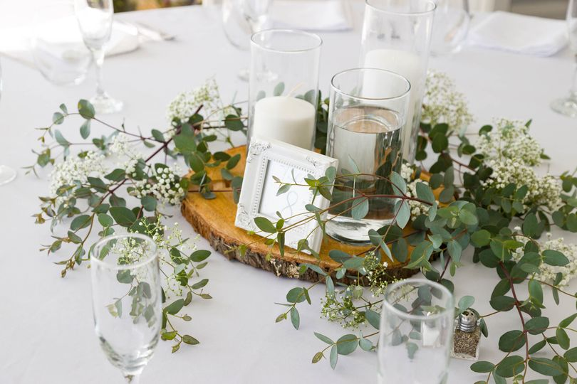 Centerpieces with white