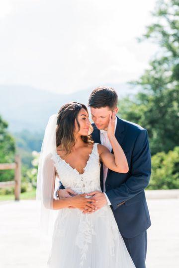 cap gabi trey wedding 693 51 1047679 1565110357