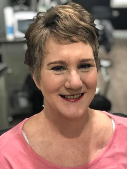 Makeup and style for mom