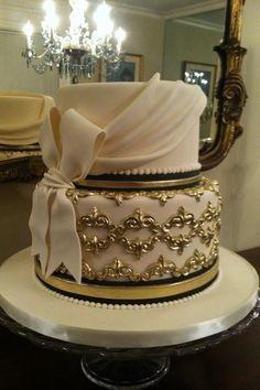 Elegant detailed cake