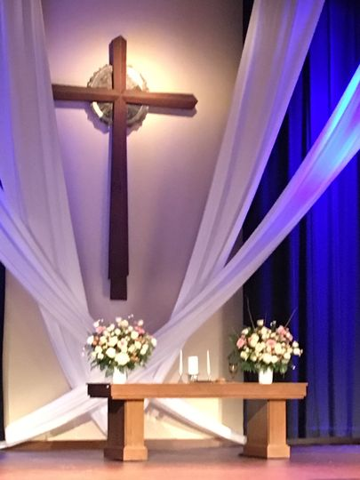 Ceremony draping and lighting
