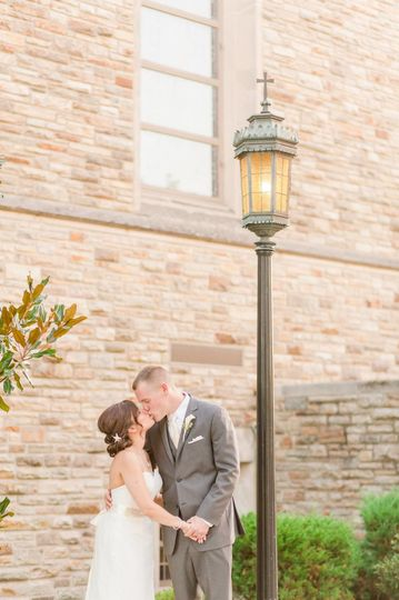 Couple under the lamp post