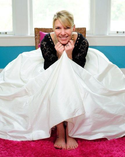 Joelle, The Barefoot Bride