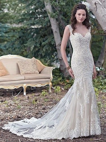 800x800 1454537047256 Mariana 1454043859669 Maggie Sottero Collins 6mt266 Front