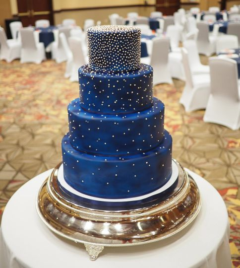 Cake Expressions by Lisa - Wedding Cake - Huntersville, NC - WeddingWire