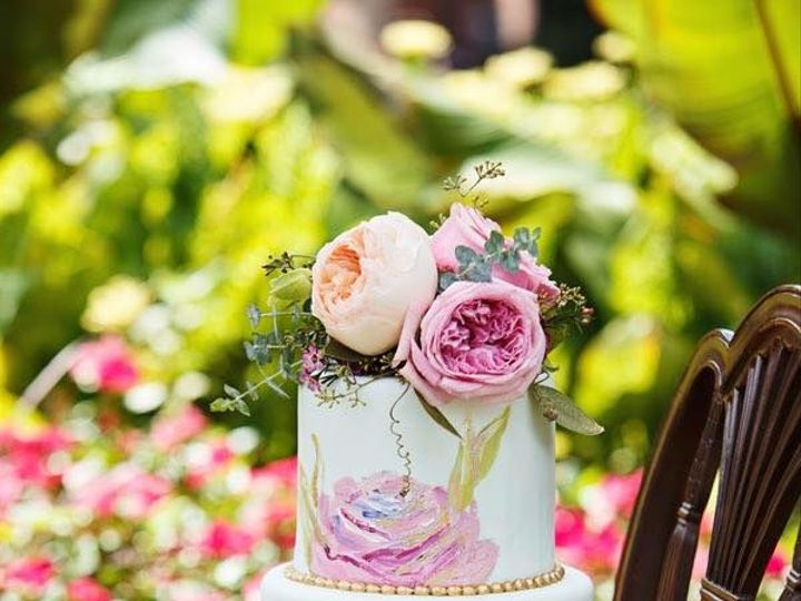 Tmx 1526308110 D1193d1bcb26a561 1526308109 01865420c9e73518 1526308109414 3 MONETcAKE Raleigh, North Carolina wedding catering
