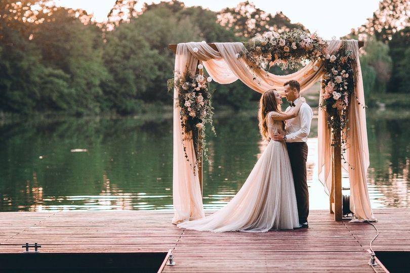 Newlyweds by the lake
