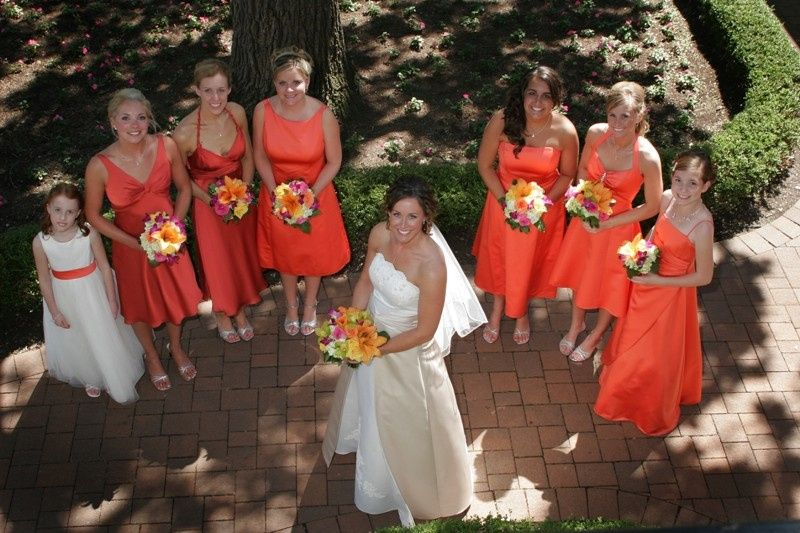 Elgin Country Club bridesmaids with the bride