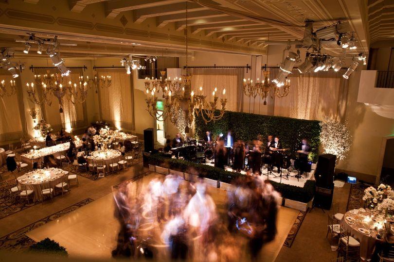Gorgeous ballroom setup.