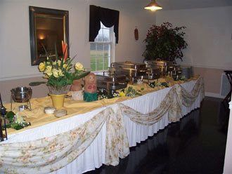 Tmx 1379780169732 Yellow1010670218314351649521148120450n Blue Bell wedding catering