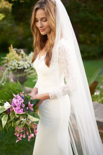 Cut Edge Veil VB-5090
