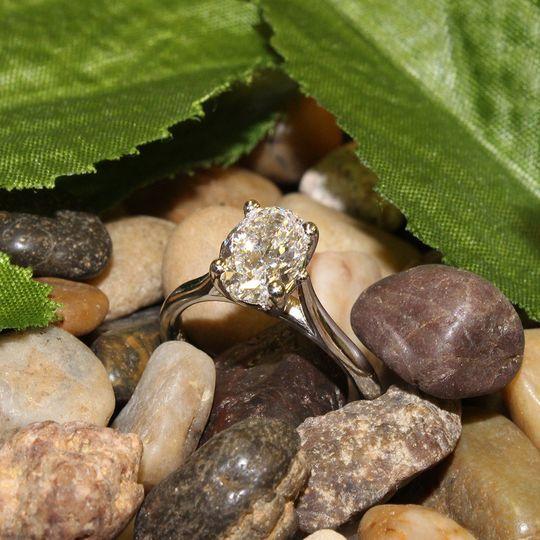 Stunning oval diamond