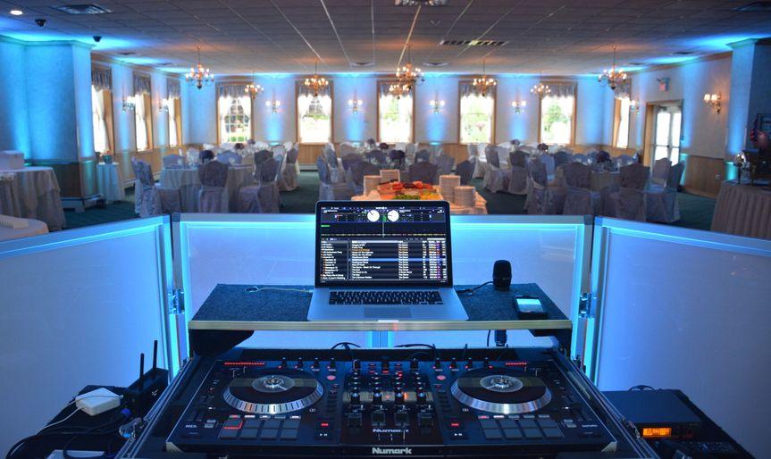 DJ equipmnet