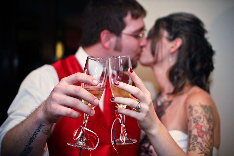 champange kiss 1 of