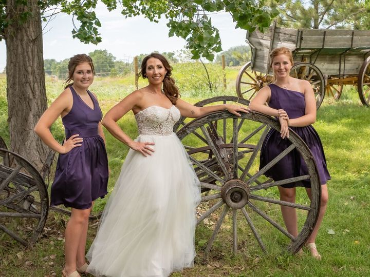 Tmx 1536031854 9758bff2b7474c33 1536031852 1c2f9ebdae20c617 1536026653021 5 IYHFidNw Billings, MT wedding photography