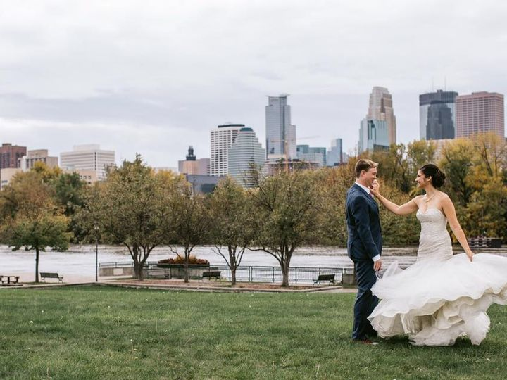 Tmx Carolyn 51 1903979 158179583740509 Bloomington, MN wedding planner