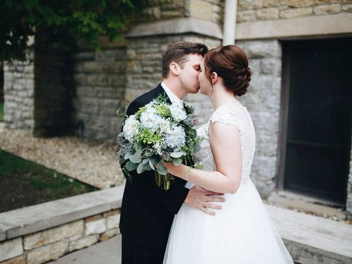 Tmx Img 0036 51 1903979 158172232316027 Bloomington, MN wedding planner