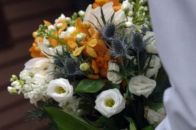 Clementine Floral at The Perfect Package