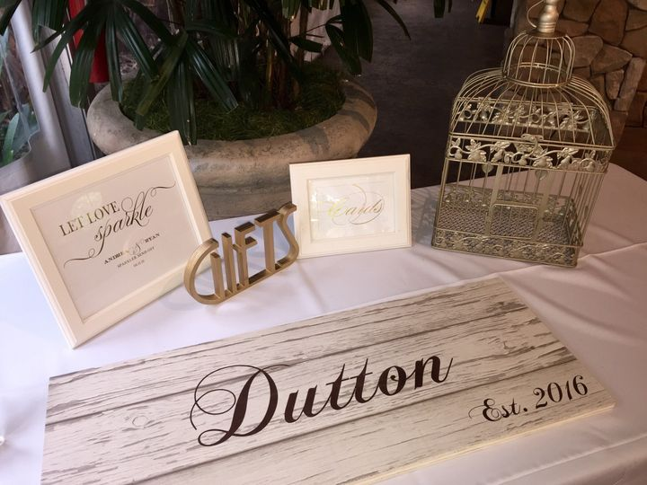 Great Guest Book idea!