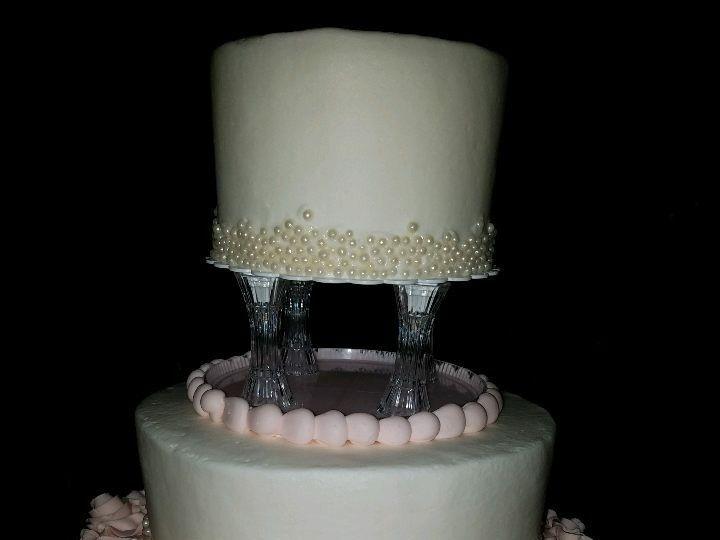 Tmx 1514965694647 Img458504838 Papillion wedding cake