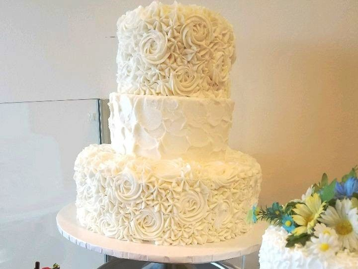 Tmx 1514965722116 Img735252084 Papillion wedding cake