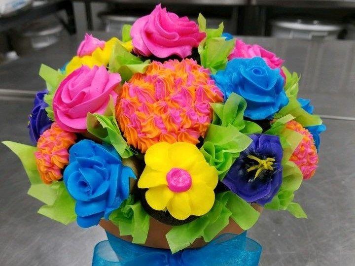 Tmx 1514966452957 Img1639702860 Papillion wedding cake