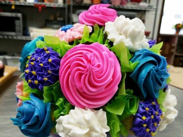 Tmx 1514966472932 Img1726463707 Papillion wedding cake