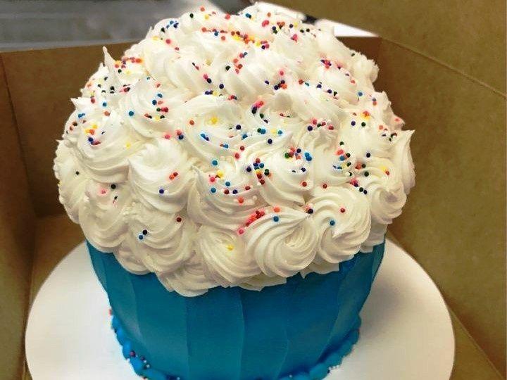 Tmx 1514998001578 Img926603942 Papillion wedding cake