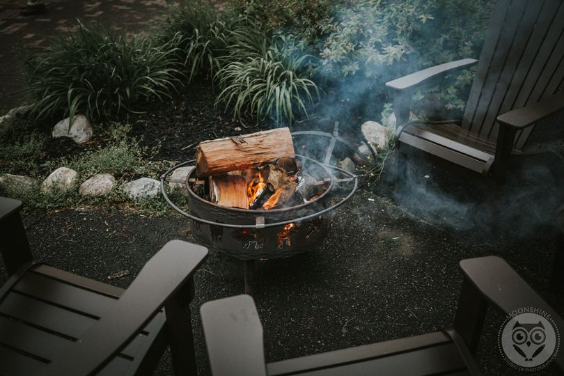 Outdoor fire pit, Moonshine Studio Photography