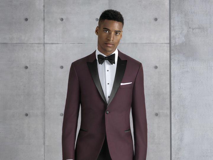 Tmx 201 Burgundy Empire Tuxedo 19 1 51 1895979 157385425122680 Brownsburg, IN wedding dress