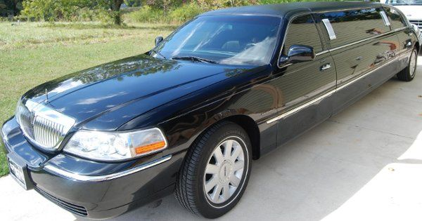 Sojourn Tours $ Limousine's 8 passenger Lincoln stretch Limo