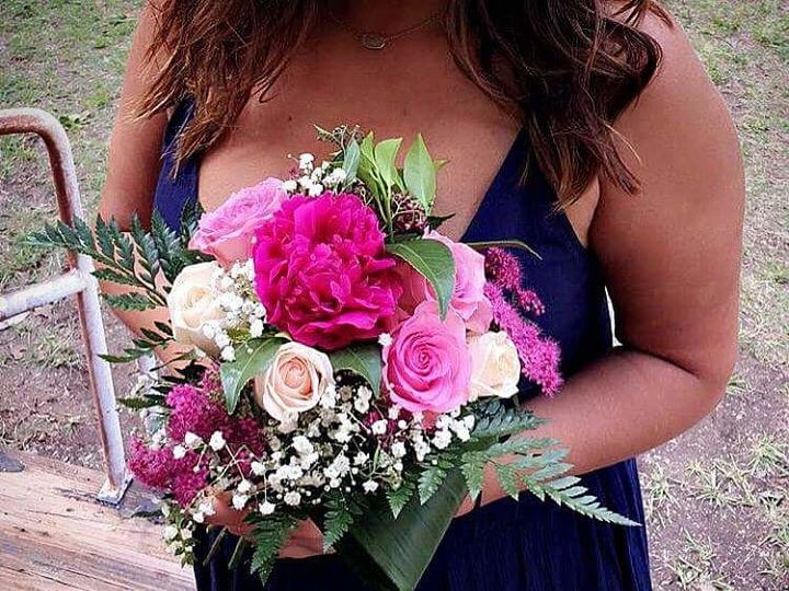 Tmx 1520900255 27ea018ee3f99356 1520900255 A944771623e31541 1520900253303 11 FB IMG 1520900103 Starkville wedding florist