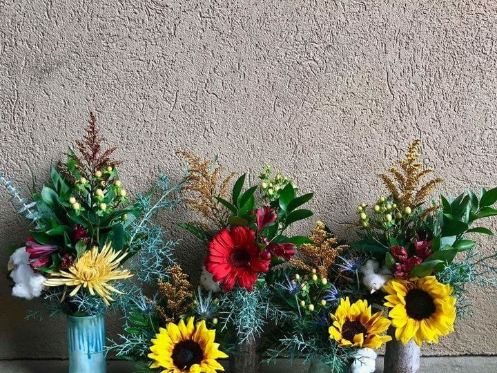 Tmx 1520900992 811fd532aac60ee0 1520900990 829c9bb5c5e8244a 1520900984237 1 FB IMG 15209005950 Starkville wedding florist