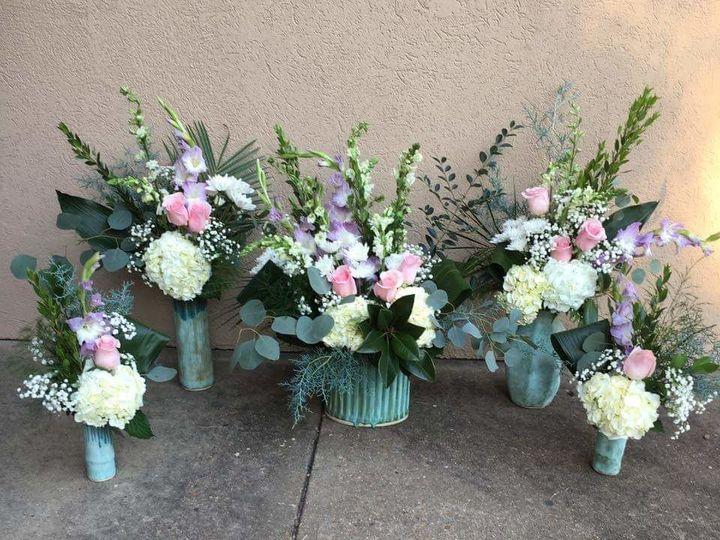 Tmx 1520900993 1e4c959a9d9d8c27 1520900992 1746af317c298a8d 1520900984839 10 FB IMG 1520900618 Starkville wedding florist