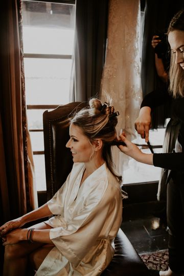 Bridal Hairstyle in the making