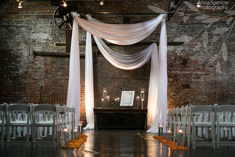 71055b36b5994878 MainImage Bold WeddingWire
