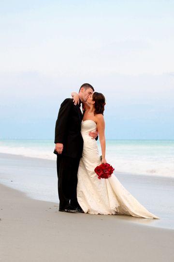 Beachside kiss