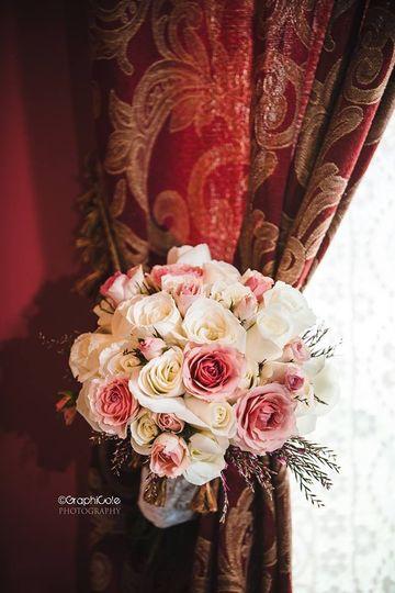 Pink & white roses