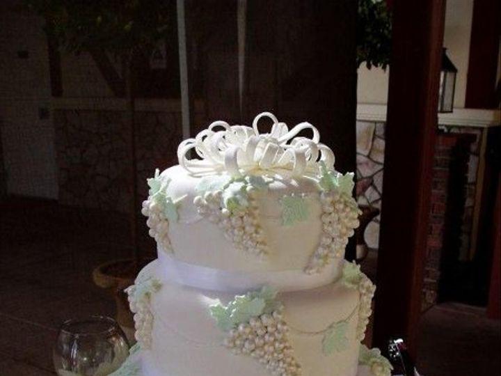 Tmx 1242064513125 Whitegrape Fallbrook, California wedding cake