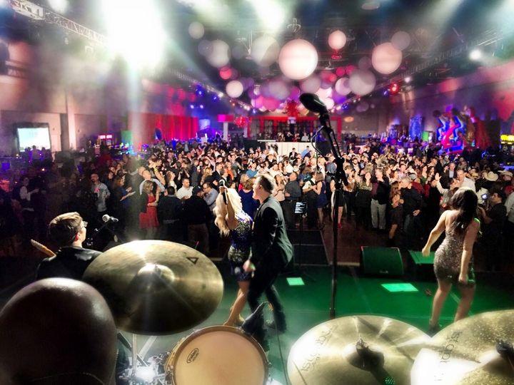 Tmx Yes Big Show Crowd 51 483089 Nashville, TN wedding band