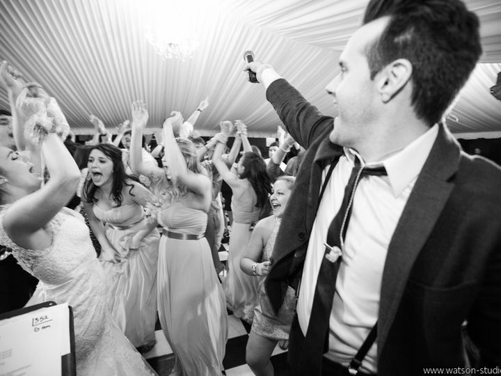 Tmx Yes Justin W Mic To Bridesmaids Stevens Sullivan 51 483089 V1 Nashville, TN wedding band