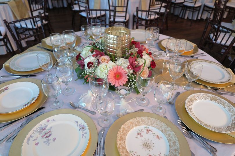 gold chargers with vintage china 51 416089 157897140990015