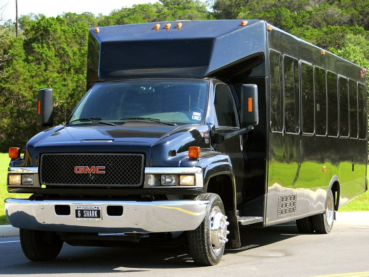 Tmx 1414461485613 Hammerhead Shark6 28psg Exterior 1 San Antonio wedding transportation