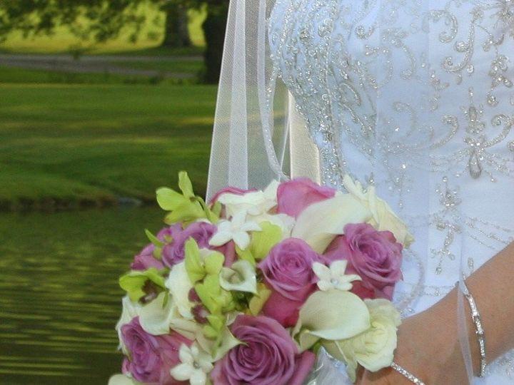 Tmx 7cz39iqcsaiqo6vhtyjxaw Thumb Cdd 51 1888089 1571622379 Webster, NY wedding florist