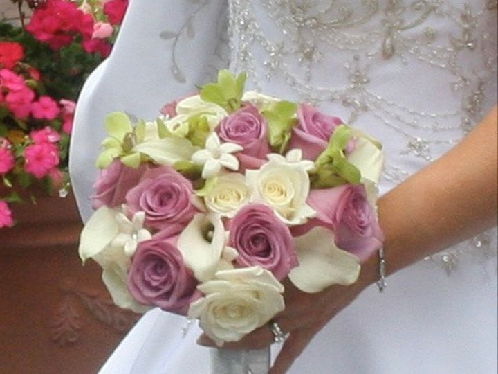 Tmx Bereovevsdmzpcohxpf4w Thumb Cab 51 1888089 1571622490 Webster, NY wedding florist