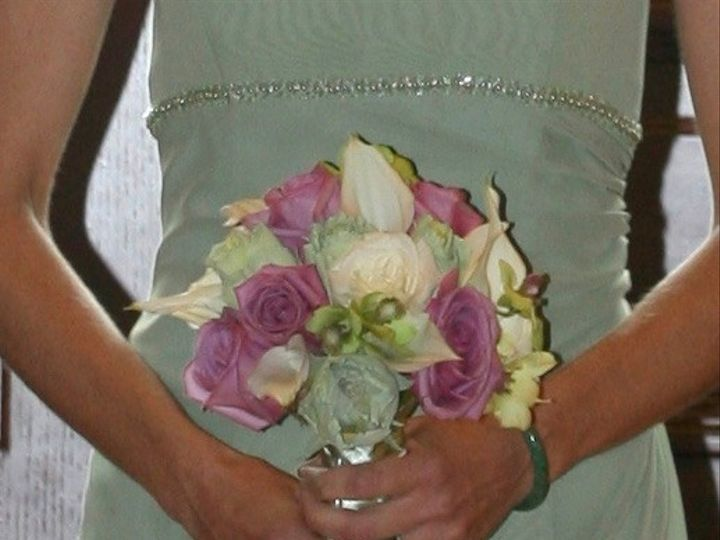 Tmx Ebullp2hsmgoj0qmhiivg Thumb C07 51 1888089 1571622403 Webster, NY wedding florist