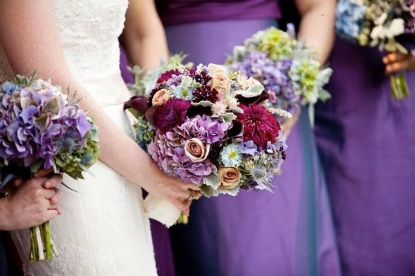Lavender hydrangea, blue thistle, and dusty miller
