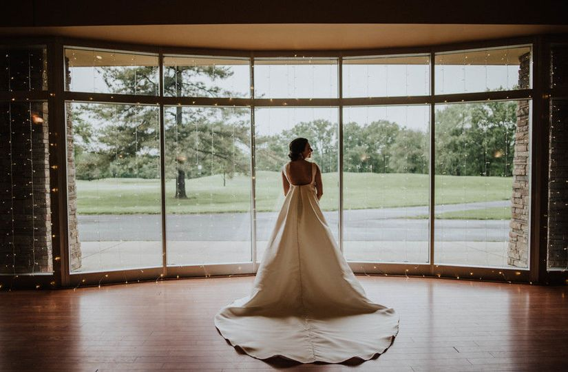 Gorgeous indoor bridal portrait